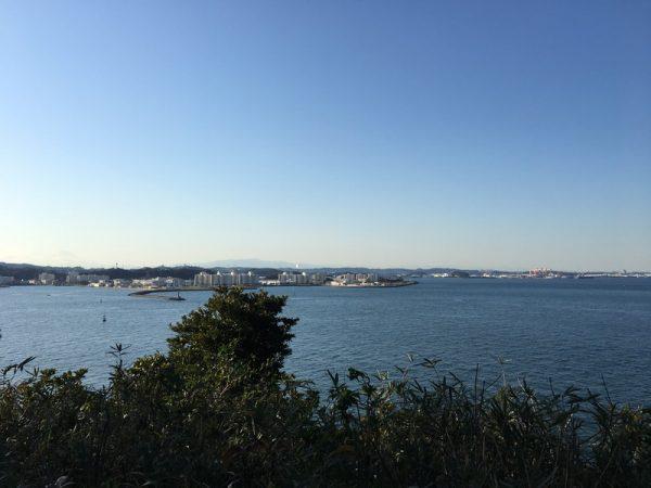 猿島頂上からの眺めを観光