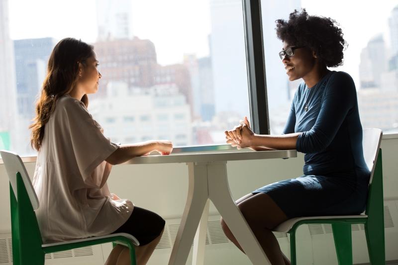 転職面接の自己紹介に掛ける時間の目安【まずは1分】