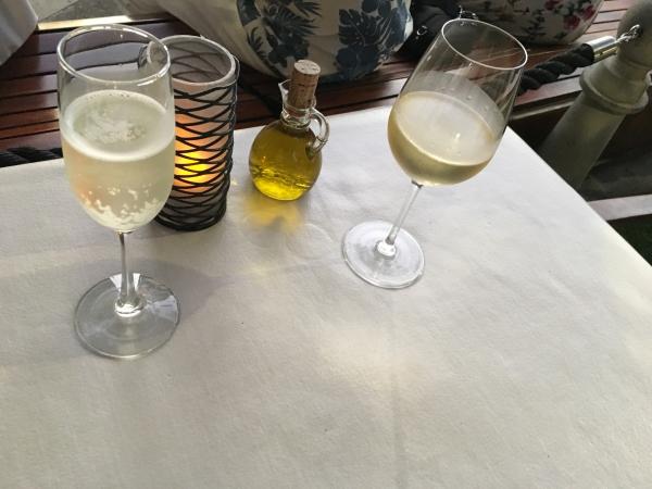 アランチーノではスパークリングワインがおすすめ